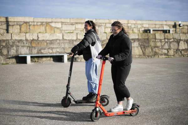 Vondero HD E-Scooter - Black - Features